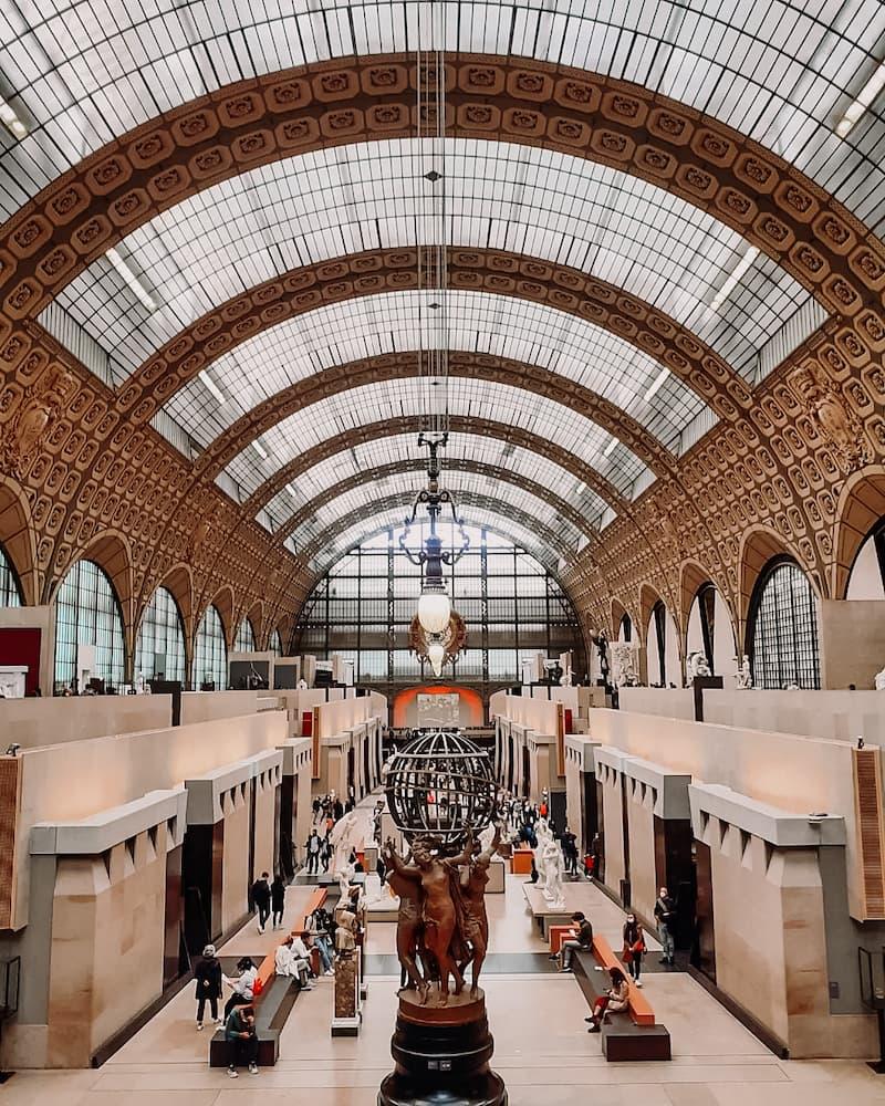 Cколько денег брать с собой в Париж